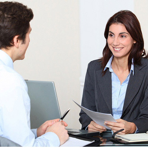<p>مهارات مقابلة العمل</p>